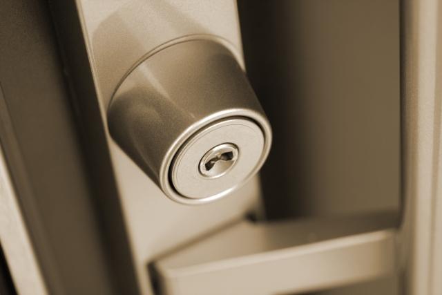 必見!一人暮らしで家の鍵をなくした場合の対処法マニュアル