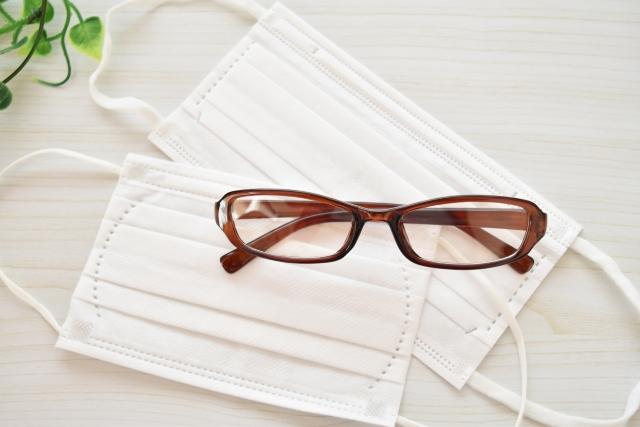 即解決!マスクにメガネでも曇らない方法&落ちるのを防ぐコツ
