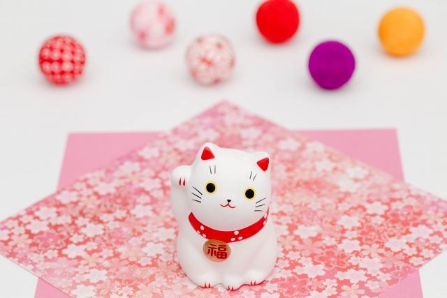 招き猫体質の人のオーラや特徴とは?生まれつきではなく誰でもなれる!