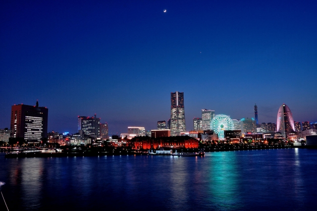 横浜開港祭花火の見える場所と駐車場!おすすめ穴場情報で混雑回避