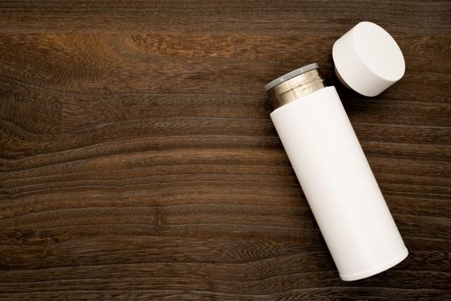 水筒に牛乳を入れても大丈夫?臭いを除去する9つの消臭方法